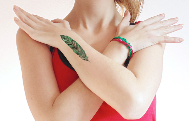 Temporary_tattoo_feather_color_dawanda