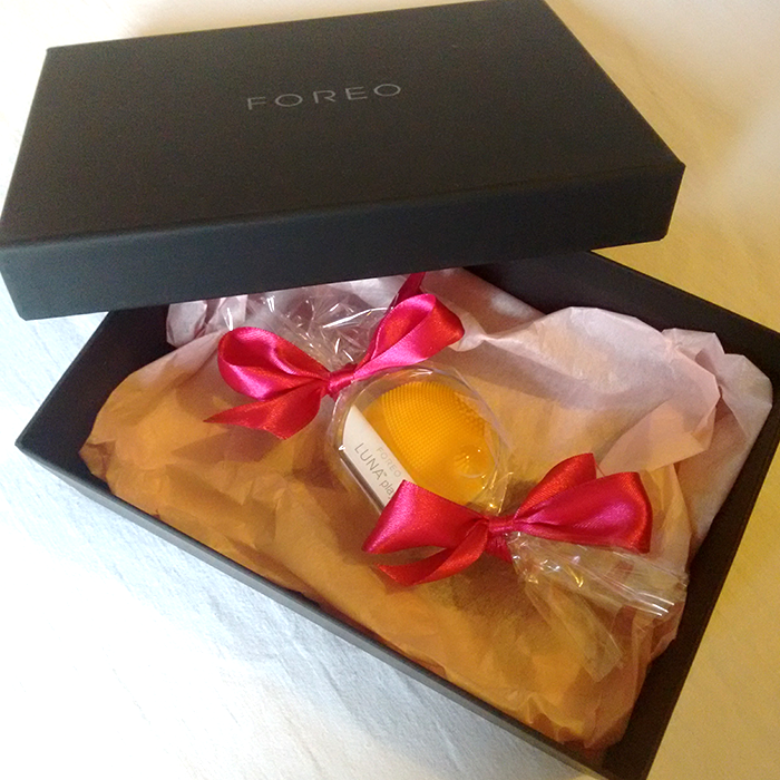 foreo_luna_play_packaging