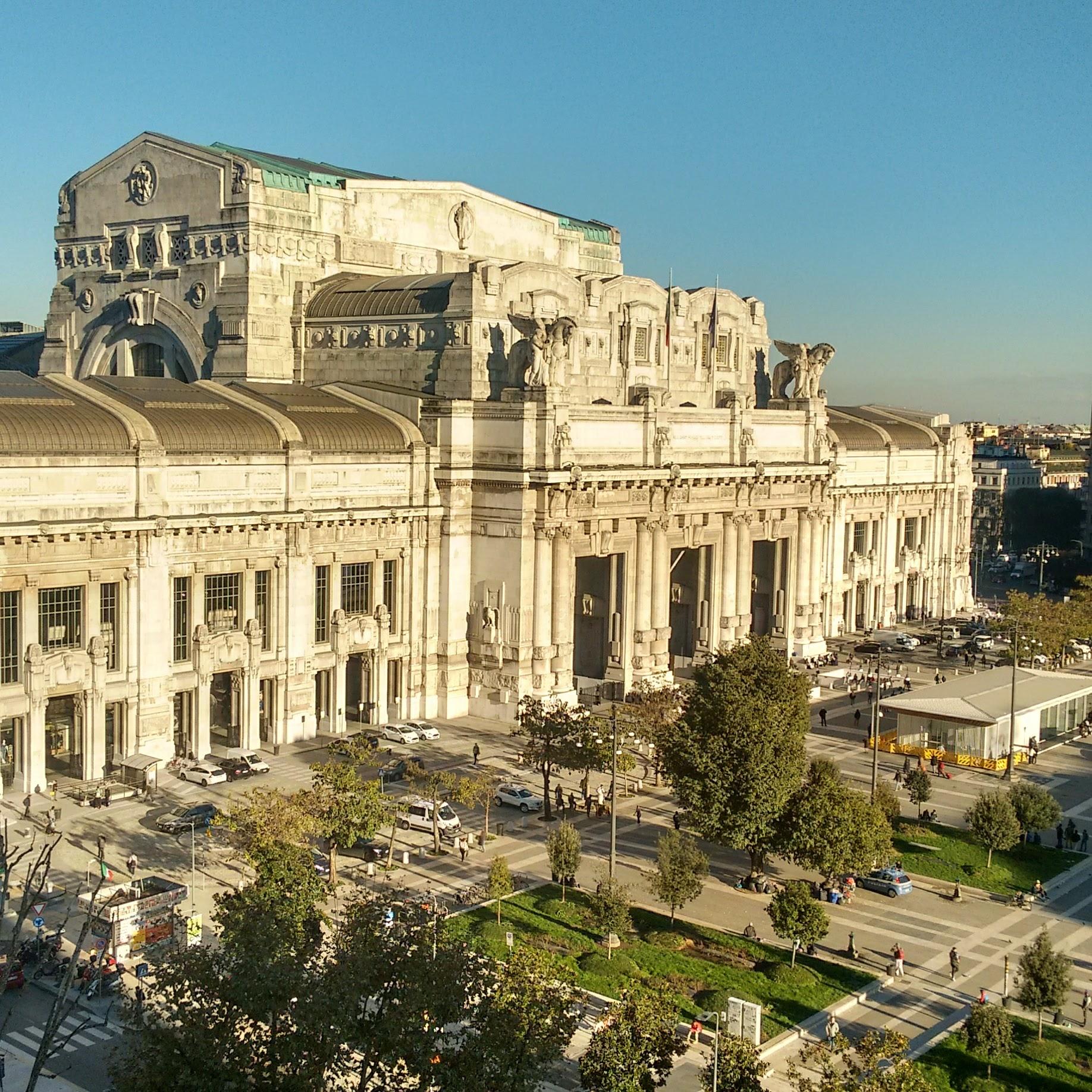 terrazza_gallia_vista_stazione_centrale
