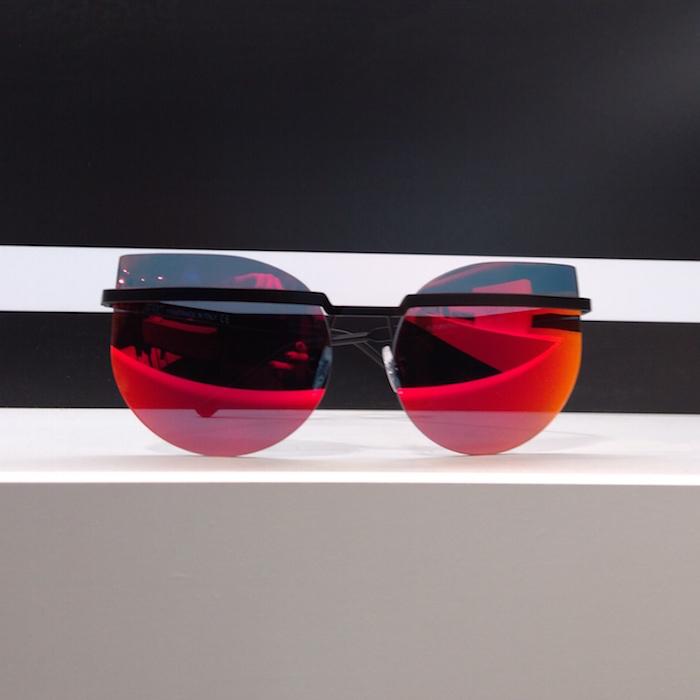 MIDO_2017_Apro_Spectacles_occhiali_modello_futuristico