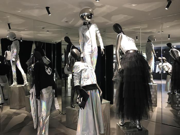 Frankie_Morello_women_SS_17_Flagship_Store_Milano