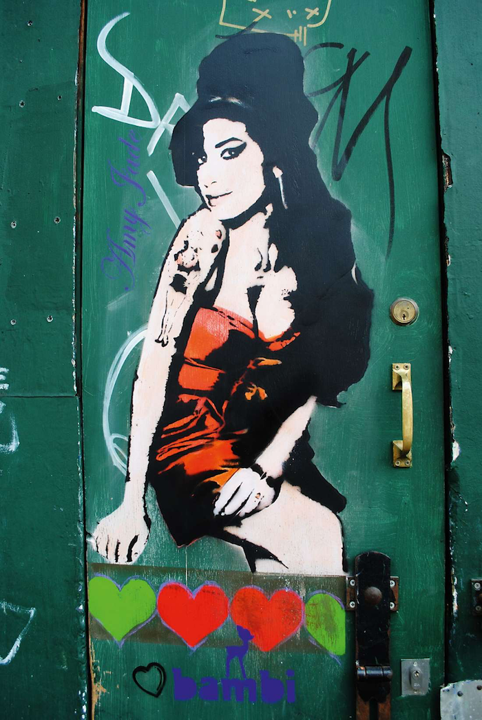 Bambi_Amy_Winehouse_street_art_Londra