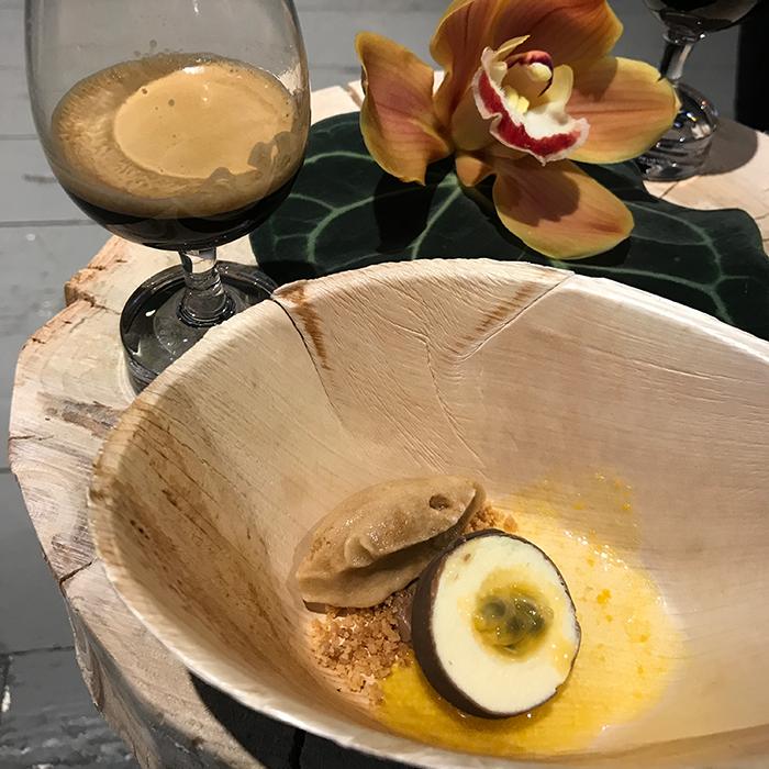 Origini_del_caffè_Nespresso_Andrea_Berton_dolce_degustazione